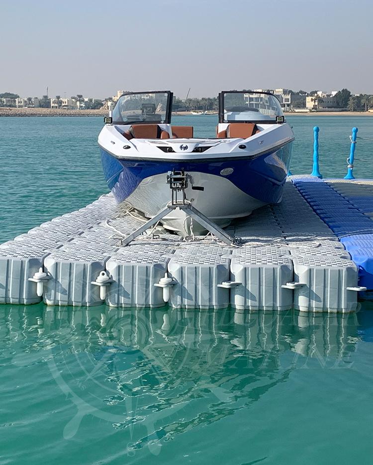 Private Client A. A. Al Darwish Boat Lift